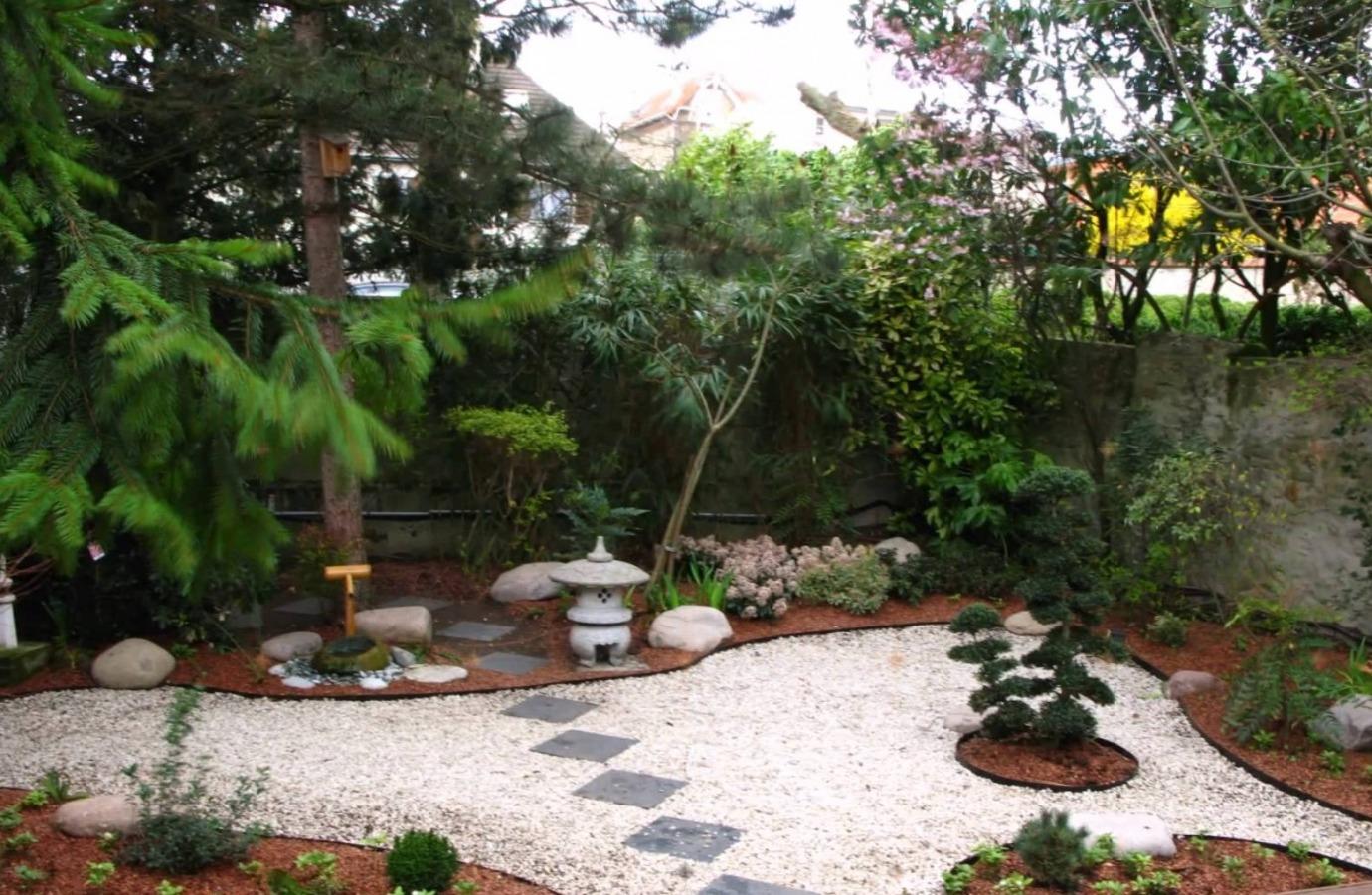 Vivi in armonia con il giardino giapponese attualit leggimigratis - Leroy merlin fontane per giardino ...
