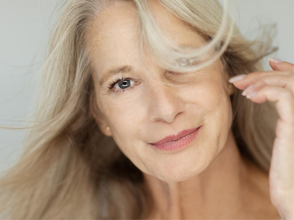 Menopausa Si può rimediare alla caduta dei capelli ...